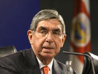 Oscar Arias