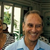 Saul Landau (center) with Harry Belafonte, Shari Belafonte, and Fidel Castro