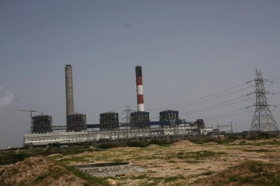 The Tata Mundra coal plant in India (Joe Athialy/Flickr)