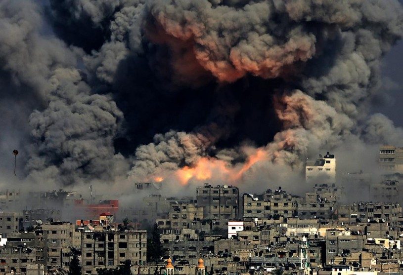 israel gaza protective edge idf ceasefire hamas international war 815x557 - History of Gaza in Context (Phyllis Bennis) Audio