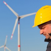 wind turbine maintenance worker