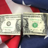 american-flag-money-divide