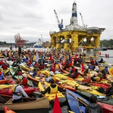 "Kayaktivists who opposed Royal Dutch Shell's plans to drill for oil in the Arctic Ocean at the ""Paddle in Seattle"" protest. May 16, 2015. (Photo: Flickr / Backbone Campaign)"
