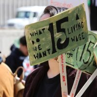 minimum-living-wage-fight-for-15-protest-worker